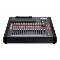 Roland M-200i 32-Channel Live Digital Mixing Console